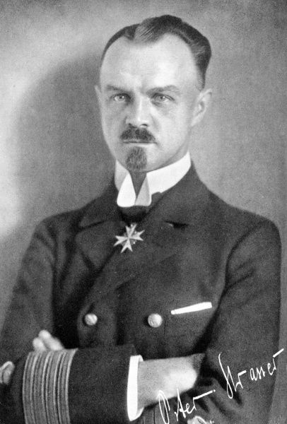 Peter Strasser (18761918) - was chief commander of German Imperial Navy Zeppelins during World War I, the main force operating bombing campaigns from 1915 to 1917. He was killed when flying the war's last airship raid over Great Britain