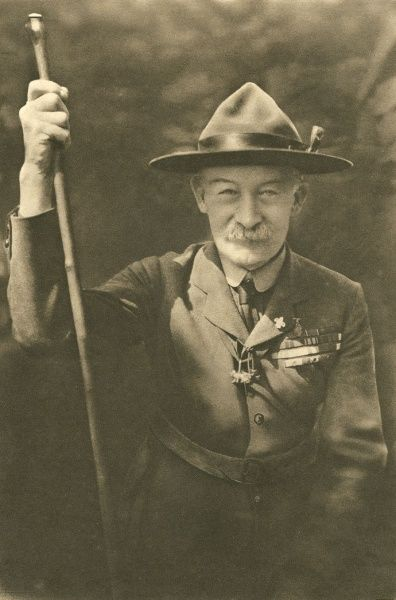 Chief Scout Sir Robert Baden Powell wearing his Scout uniform and decorations Date: circa 1914
