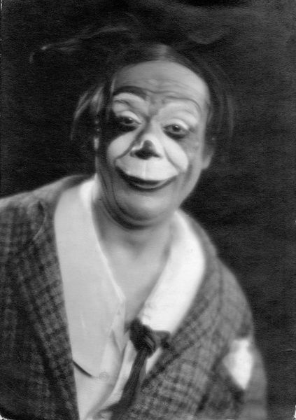 A clown pulls a funny face! Date: 1930s
