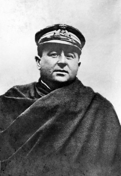 Commander (later Admiral) Luigi Rizzo (1887-1951), Italian naval officer, famous for sinking the Austro-Hungarian battleship SMS Szent Istvan in June 1918, during the First World War. Date: circa 1918
