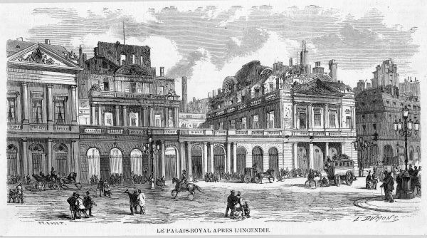 Paris streets after the Commune : the Palais Royal after the fire