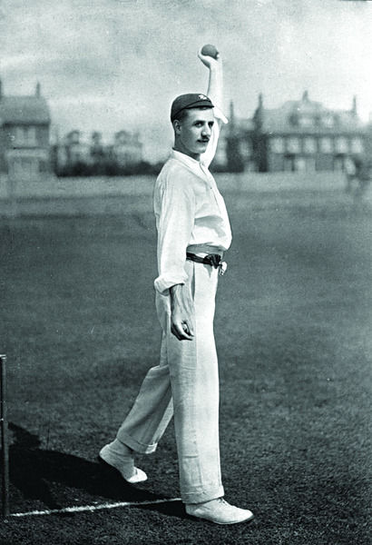 F.E. SMITH CRICKETER - SURREY