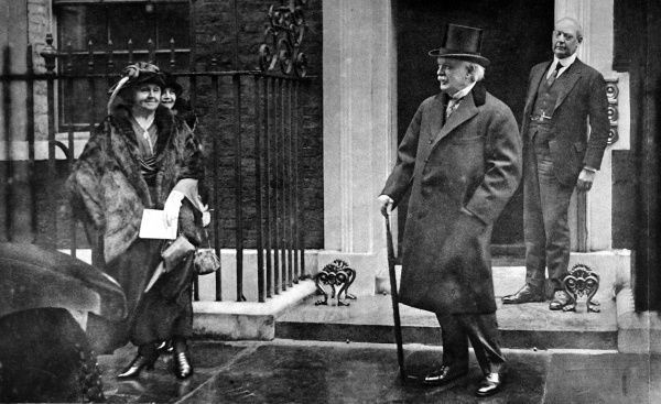 Lloyd George pictured leaving Downing Street after his resignation with his wife and daughter Megan. His resignation announcement featured in the Court circular of 19th October. Lloyd George was the president of the Board of Trade between 1905-1908