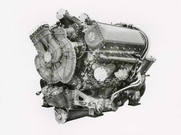 Deltic 18, first 18 cylinder Deltic engine, E130 Date: 1950