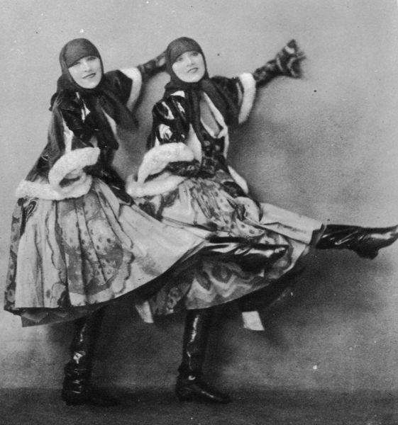 The Dolly Sisters in the Pas de Trois number, League of Notions, London, 1921 1921