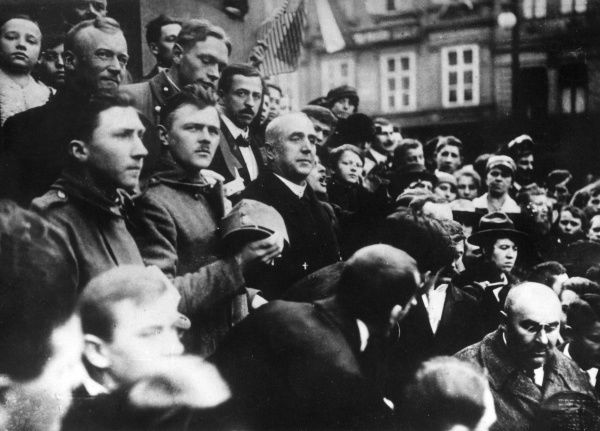 Dr Isidor Bogdan Zahradnik (1864-1926), Czech politician, seen here in a crowd in Prague near the St Wenceslas Monument. He was the country's first railway minister. Date: 28 October 1918