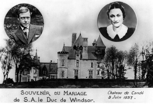 Souvenir postcard celebrating the wedding of the Duke of Windsor, formerly King Edward VIII to Wallis Simpson on 3rd June 1937. The King abdicated the throne in 1936 in order to marry the twice-divorced American