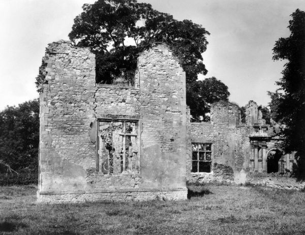 The ruins of Elstow Priory, Bedfordshire, England, the convent (or nunnery) founded in 1075 by Judith, niece of William the Conqueror. Date: founded 1075
