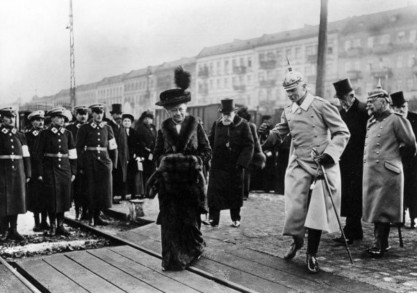 Empress of Germany, Augusta Victoria of Schleswig-Holstein (1848-1921), wife of Kaiser Wilhelm II, seen here inspecting a hospital train in Berlin during the First World War. Date: circa 1914-1918