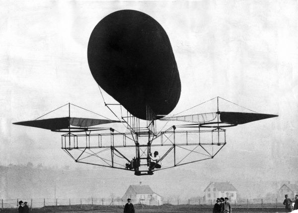 Etienne Ohemichen's experimental helicopter, 1921 Date: 1921