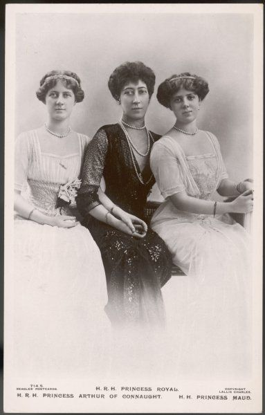 LOUISE VICTORIA DUCHESS OF FIFE Eldest daughter of Edward VII with her daughters Alexandra (of Connaught) and Maud (Duff, later Carnegie)