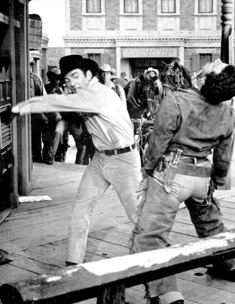 Film, Gunfight in Abilene directed by William Hale with Don Galloway 1967