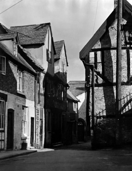 Some interesting old houses in Fish Street, Shrewsbury, Shropshire, England. Date: 1930s