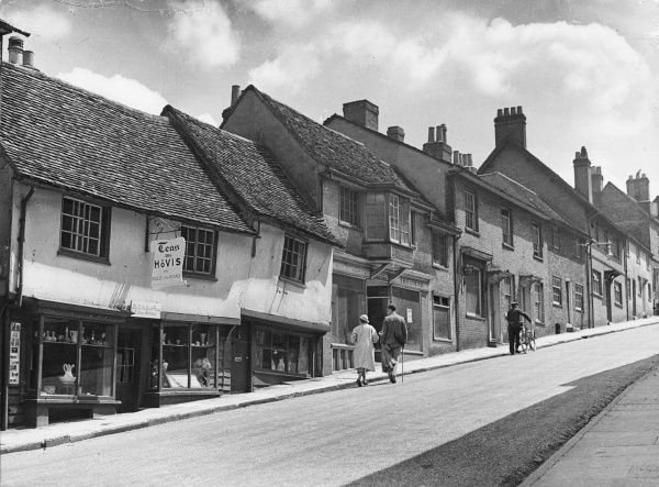 Fore Street, Hatfield Hertfordshire, in which James, 2nd Marquis of Salisbury, first experimented with wood block paving, a pioneer in this type of road surfacing