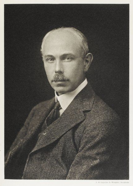 FRANCIS WILLIAM ASTON Physicist