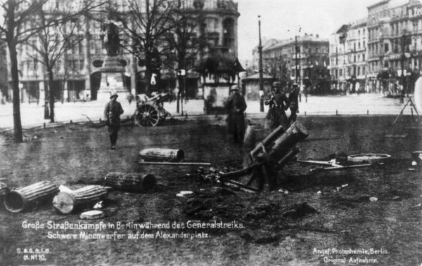 The Freikorps set up mortars in Berlin's Alexanderplatz. These right wing units were used in 1919 to suppress the Communist Spartacist uprisings