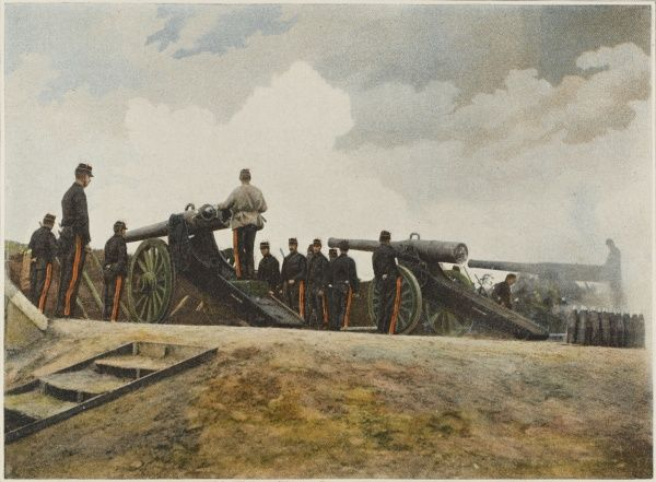A battery of French 155 cannons, using 9 kilos of powder to fire a projectile of 40 kilos