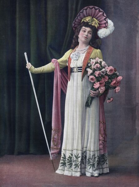 Claire Friche as Tosca in a Paris production Date: first performed 1900