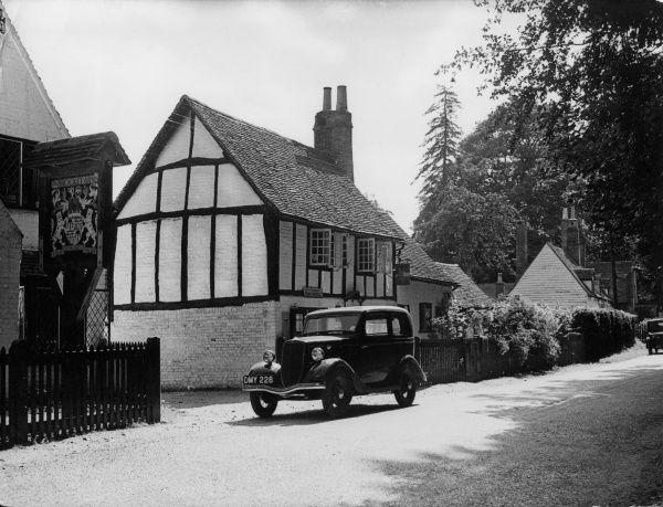 The home of Irish playwright GEORGE BERNARD SHAW (1856 - 1950), at Ayot St. Lawrence, Hertfordshire, England. Date: 1930s