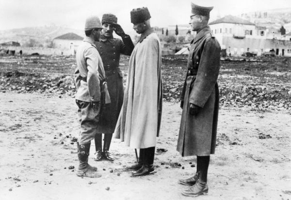 German General Erich von Falkenhayn (1861-1922) (centre) with a member of his staff, conversing with a Turkish officer on the Palestine Front during the First World War. Date: circa 1917