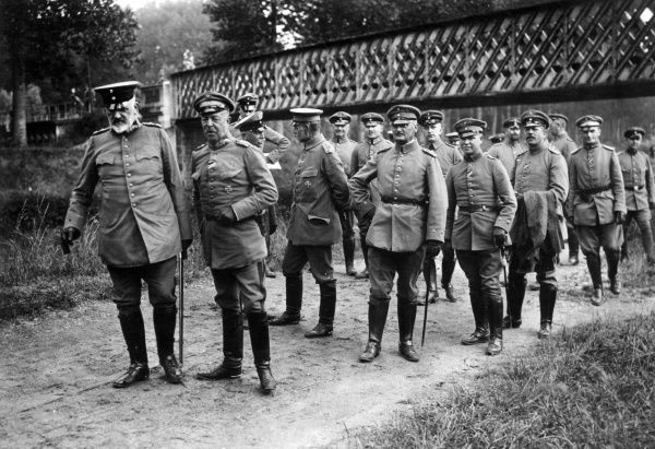 General Josias von Heeringen (1850-1926), German army officer, commander of the Seventh Army from 1914 to 1916. Seen here (left) with Exc. von Kuhne (possibly General Viktor Kuhne, 1857-1945) and other staff during the First World War. Date