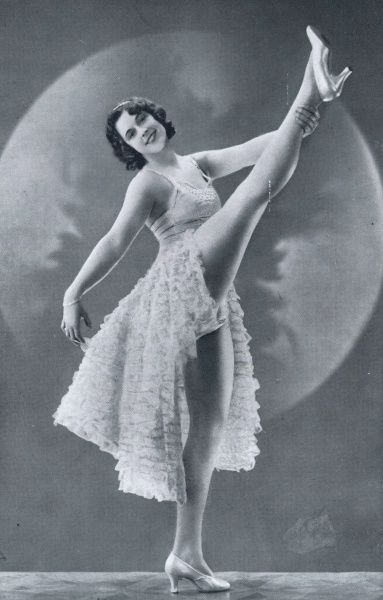 Genevieve Irvin in the Ambassadeurs show of 1930, Paris Date: 1930