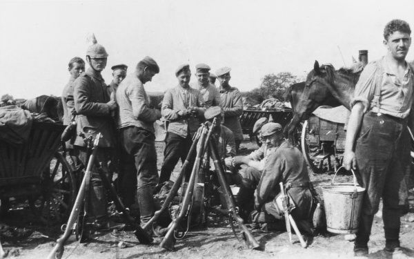 German soldiers bivouacking on the Western Front during World War I