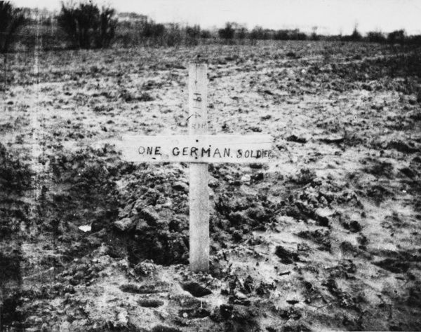 Grave of unknown German soldier near Merville in France during World War I
