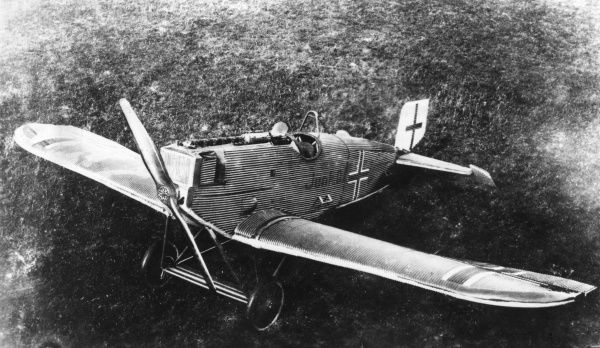 A German Junkers DI J9 single-seat fighter plane, developed in 1918, used on the Eastern Front after the end of the First World War. Date: circa 1918