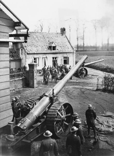 British troops on a German offensive on the Lys. A 6 inch Mark VII gun firing near Caestre on the Western Front in Belgium during World War I in April 1918