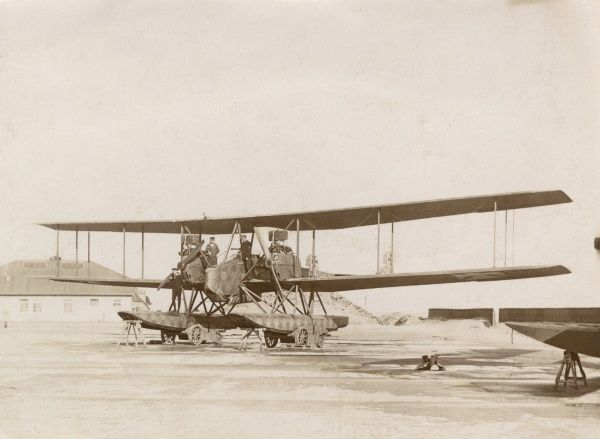 A German seaplane on a beach during the First World War. Date: 1914-1918