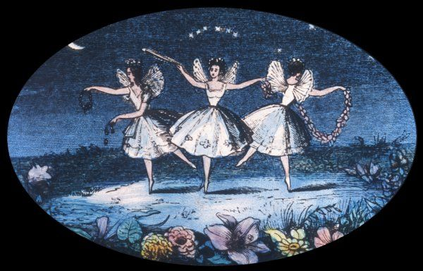 Fairy dance - three very conventional fairies perform a simple pas de trois with the moon as spotlight