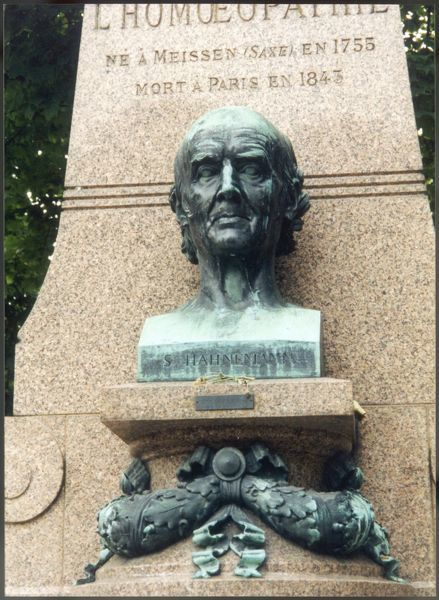 SAMUEL HAHNEMANN Founder of homeopathy Close up of the bust which sits upon his grave in the Cimetiere du Pere-Lachaise, Paris