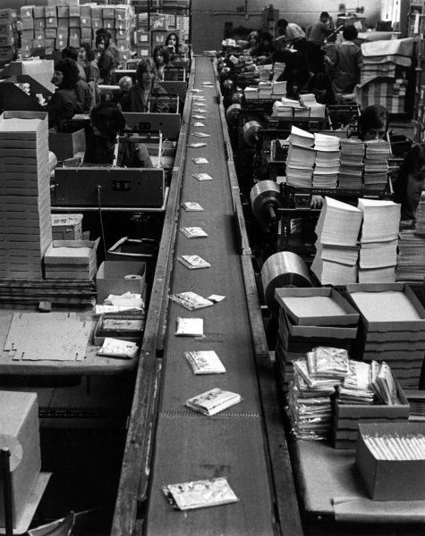A production line in the packaging department of a greetings card factory, Didcot. Date: 1970