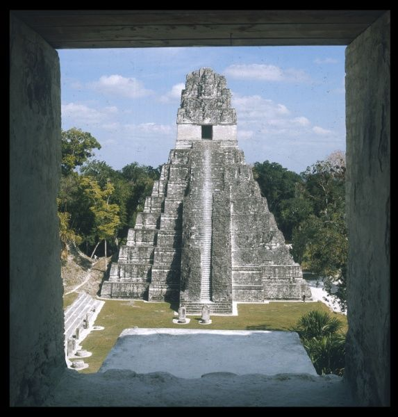 Temple of the Great Jaguar from 810 in the metropolis of TIKAL surrounded by the virgin forest. the site is composed of 3000 temples, pyramids and steles of the Mayas