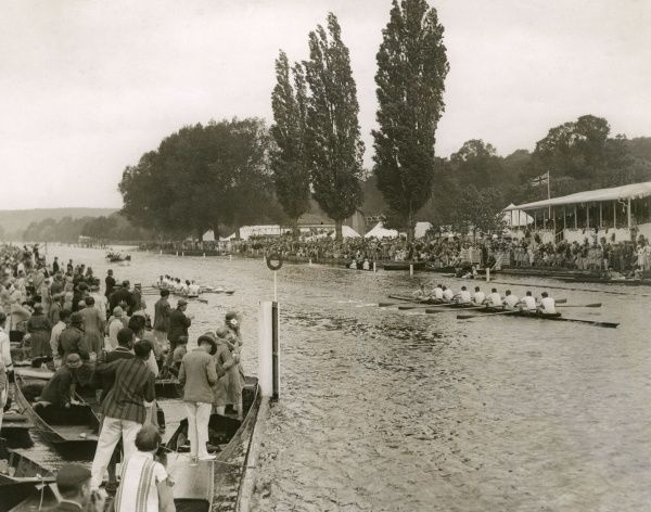 An 'eights' race Date: 1928