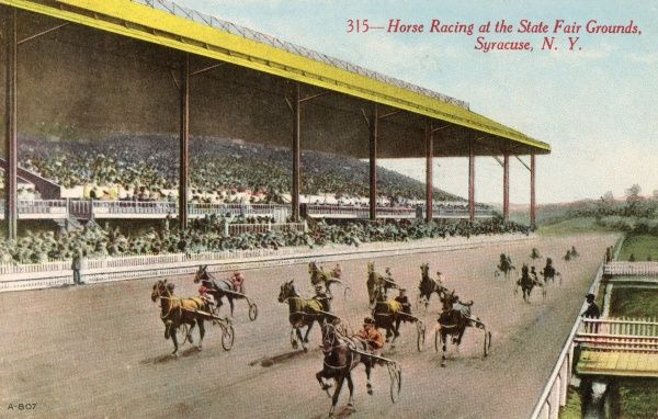 Horse Racing at the State Fair Grounds, Syracuse, New York State, USA Date: 1911