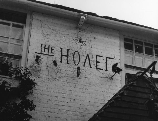 The curious sign of a restaurant at Walton on Thames, Surrey, England, which is known as 'The Hovel'. Date: 1950s