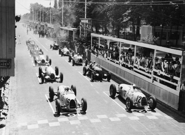 The start of the Hungarian Grand Prix in Budapest