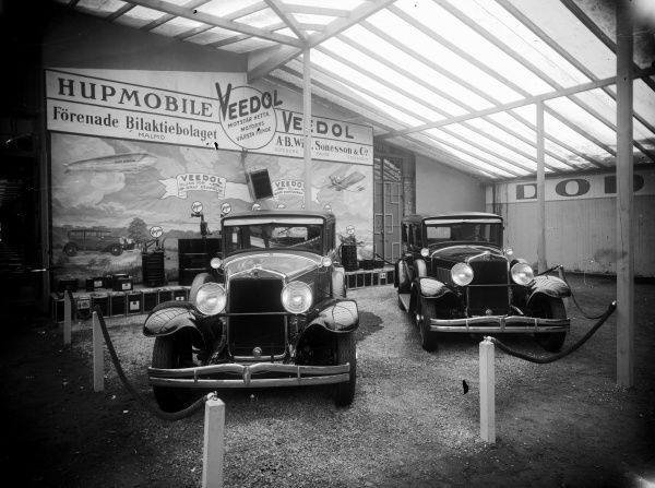 Exhibition of Hupmobile cars (1908-41) from USA, Landskrona 1920. Date: 1920