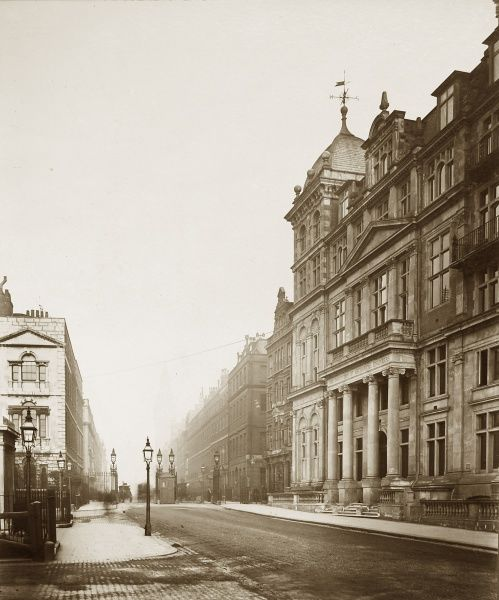 IMechE Storey's Gate (address later Birdcage Walk) building HQ, 1910 Date: 1910