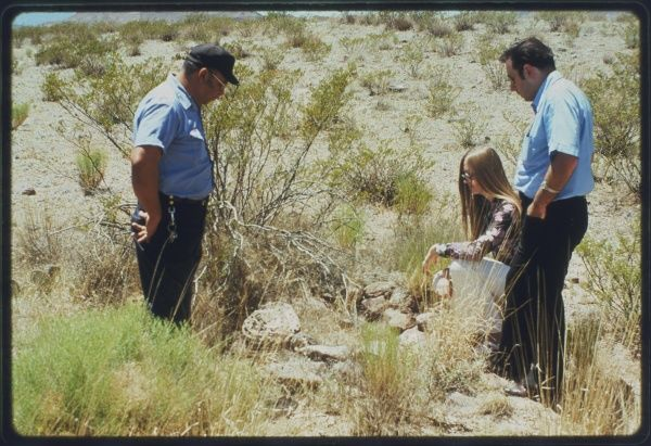 Socorro, New Mexico: investigating traces of a landed UFO seen by a policeman (Zamora)