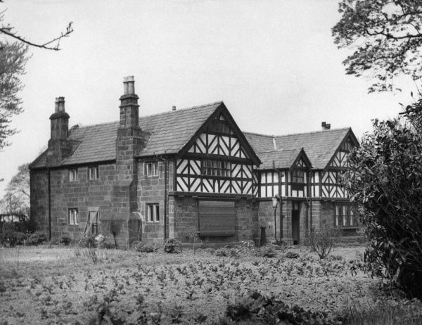 Irby Old Hall, a typical Cheshire farmhouse, England. Date: 1950s