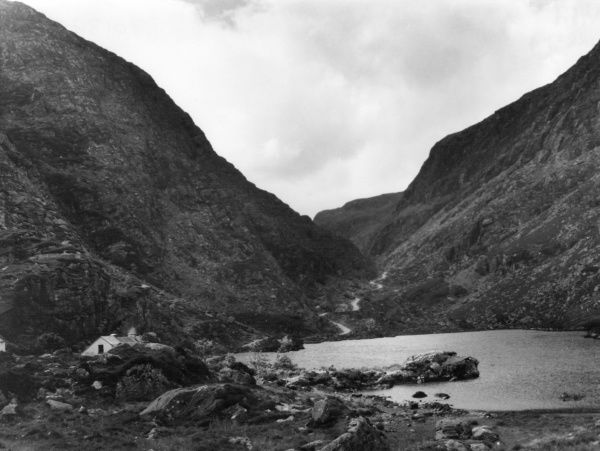 Auger Lake, in the Gap of Dunloe, near Killarney, County Kerry, Ireland. Date: 1960s