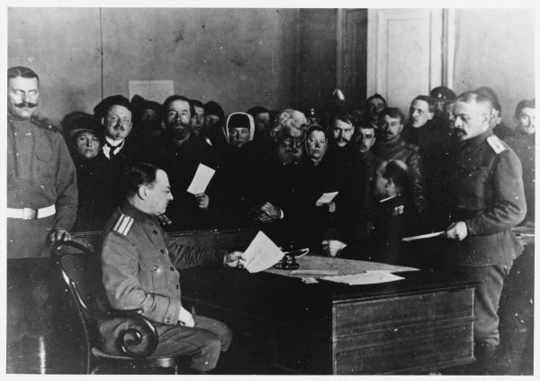 At the Tauride Palace, passes are issued to the citizens of Petrograd by the revolutionary authorities