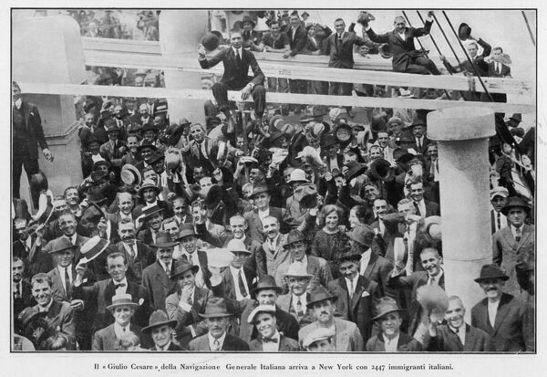 The arrival of 2,447 Italian immigrants at New York