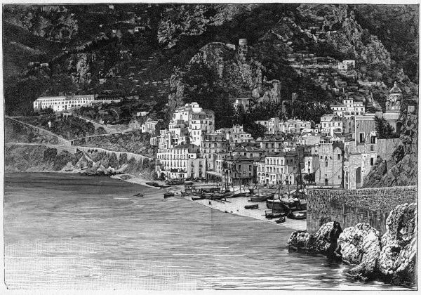 General view of the town, before much of it was destroyed in a landslide