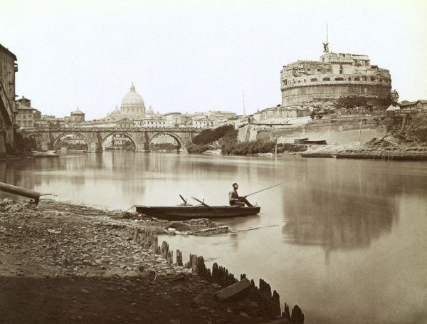 formerly the Mausoleum of Hadrian : seen across the Tiber, where a hopeful fisherman is trying his luck. Date: 1890s