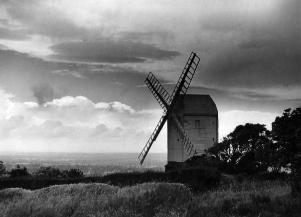 'Jill' one of two windmills, fondly known as 'Jack and Jill', Clayton, Sussex. 'Jill' was built in Brighton in 1821 and dragged to Clayton by Oxen. Date: 1930s
