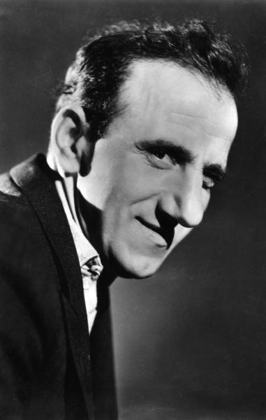 JIMMY 'SCHNOZZLE' DURANTE American comedian of vaudeville and films Date: 1893 - 1980